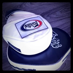 New Fairtex Focus Mits for Kickboxing or Boxing